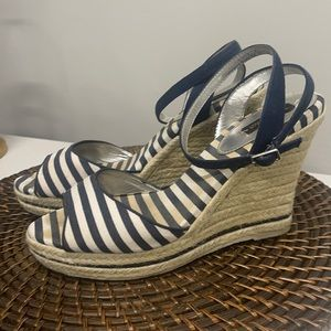 White House Black Market wedge with buckles